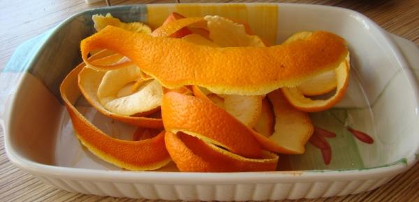 Апельсин и мандарин в борьбе с молью